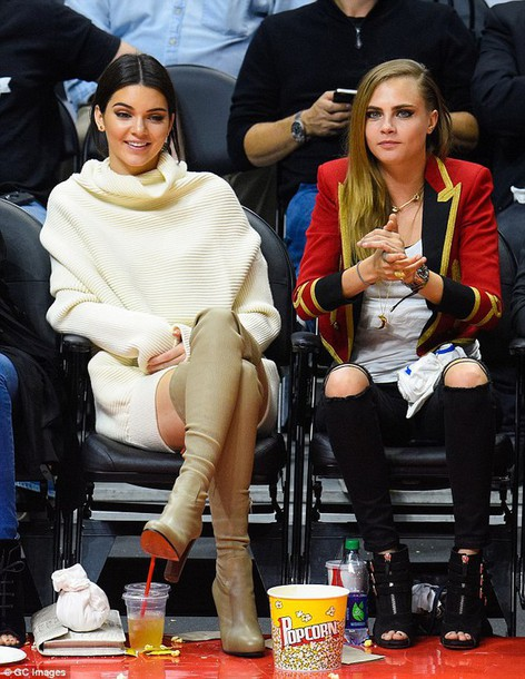 jacket sweater winter sweater kendall jenner cara delevingne knee high boots