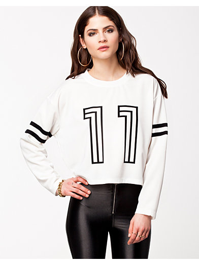 Sporty Sweater - Estradeur - Blanc - Pulls - Vêtements - Femme - Nelly.com La Mode En Ligne Sur Internet