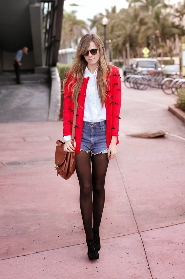steffy's pros and cons sweater blouse shorts sunglasses
