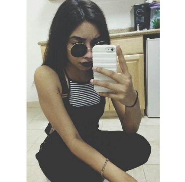 sunglasses round sunglasses stripes black lipstick