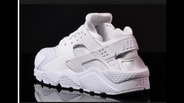 shoes nike sneakers huarache white sneakers nike sneakers