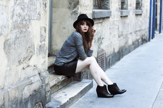 mahayanna blogger top shoes wedges hat fall outfits ankle boots
