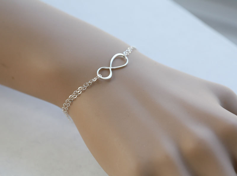 Infinity Bracelet,Best Friends Bracelet,Bridesmaid Gifts,Friendship,Eternity Infinity Sterling Silve on Luulla