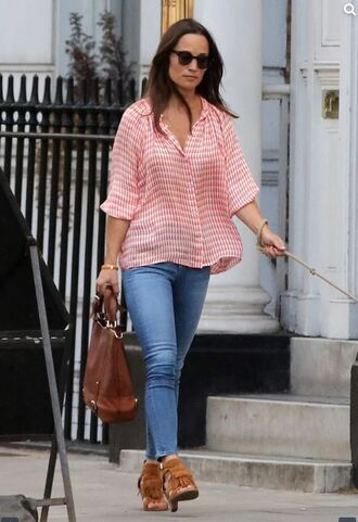 shoes jeans streetstyle pippa middleton suede shoes sunglasses blouse shirt button up red top plaid skinny jeans brown bag
