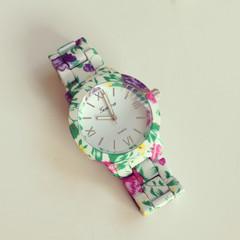 Floral Spring Watch – shopebbo