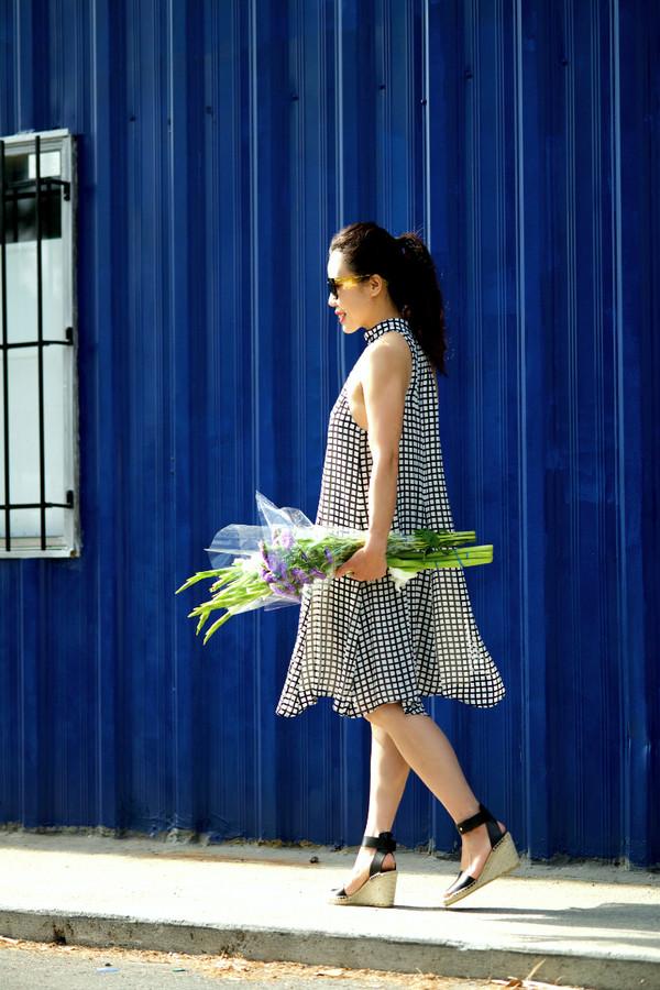 hallie daily shoes sunglasses dress