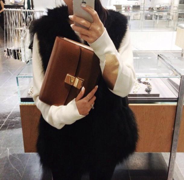 top fur vest