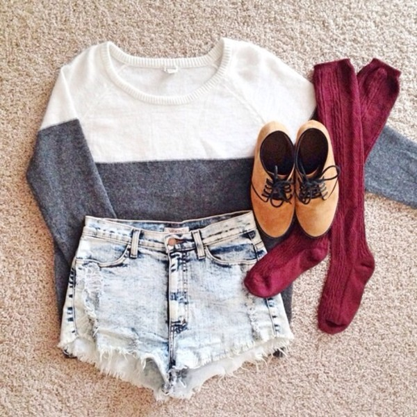 sweater shoes blouse shorts half white half grey socks cozy fall outfits