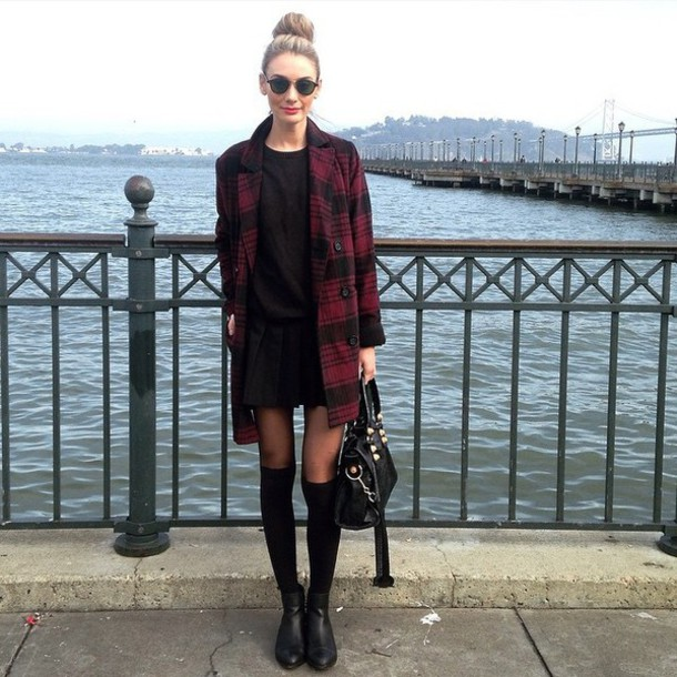 coat shoes jumper black sunglasses bulls black/red black dress sunglasses