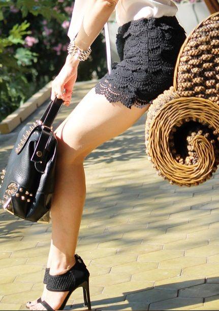 Zara SOLD OUT hot shorts Crochet Lace Black size Small   eBay