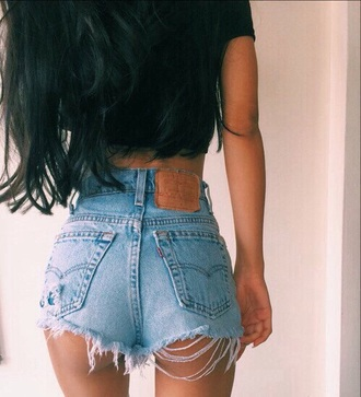 shorts jeans denim fray frayed fraying ripped blue summer spring sun sunny hot cute teenagers girl tumblr high waist waisted fashion style denim shorts