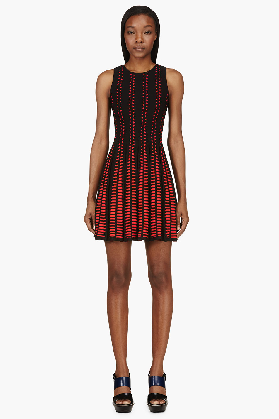alexander mcqueen black and red knit pleated full circle dress