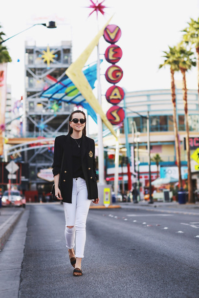 style scrapbook blogger sunglasses t-shirt blazer white jeans jeans shoes jacket bag jewels