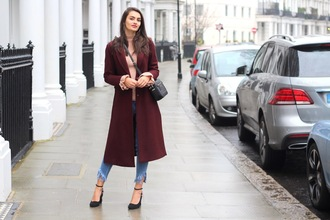 peexo blogger coat top jeans shoes bag burgundy coat winter outfits crossbody bag pink sweater pumps