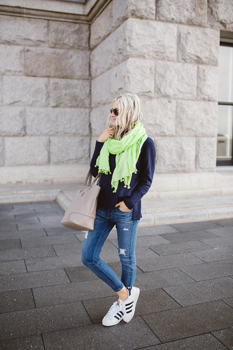 little miss fearless blogger scarf sweater jeans shoes bag make-up blue sweater handbag skinny jeans