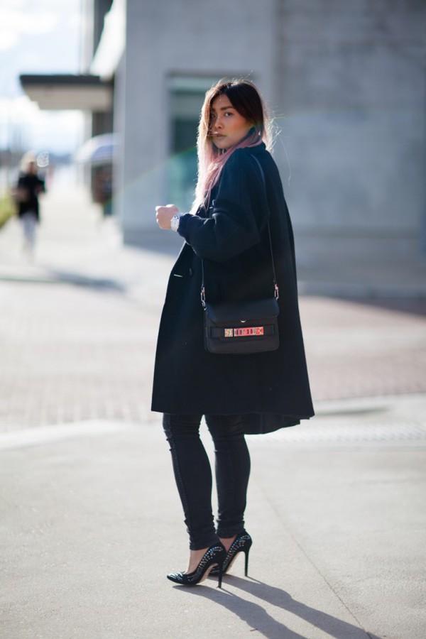 closet voyage coat sweater jeans shoes jewels bag