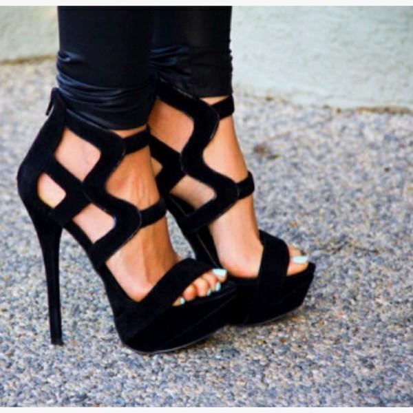 black heels velvet velvet shoes pumps black shoes high heels high heel sandals high heel pumps open toes shoes they look velvet. from pinterest