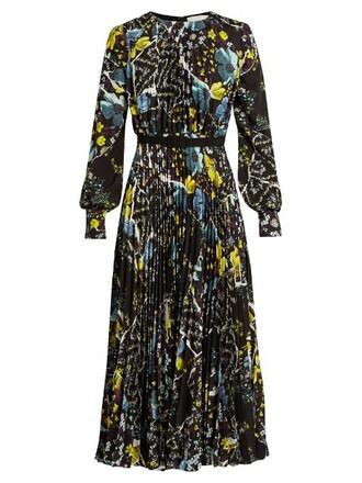dress pleated floral print black