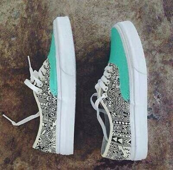 shoes vans tribal pattern blue mint black white perfect vans sneakers tribal pattern aztec aztec shoes bleu mint aztec vans print baby blue vans baby blue blue shoes vans tribal and mint vans cool vans of the wall turquoise black and white printed vans aztec vans shoes