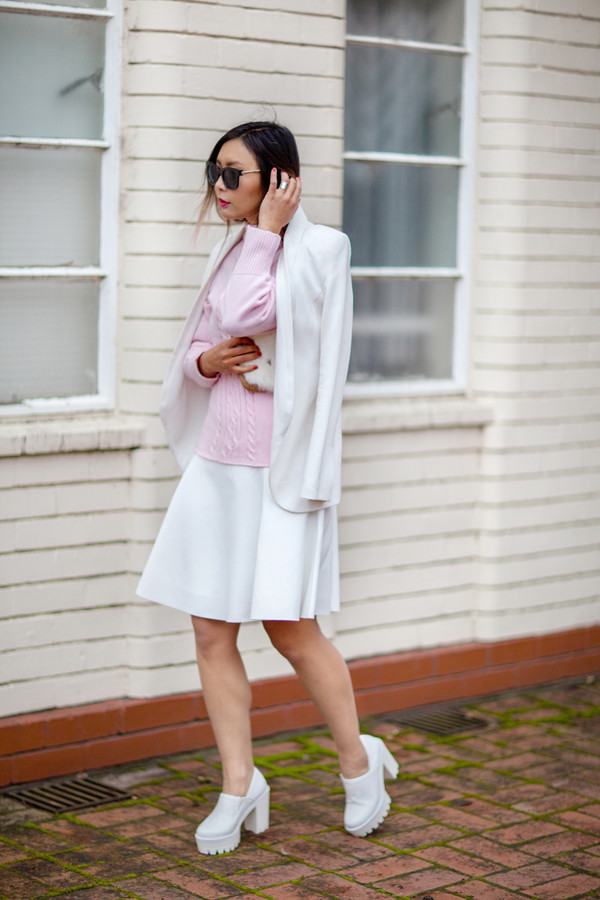 closet voyage skirt jacket bag sunglasses shoes jewels