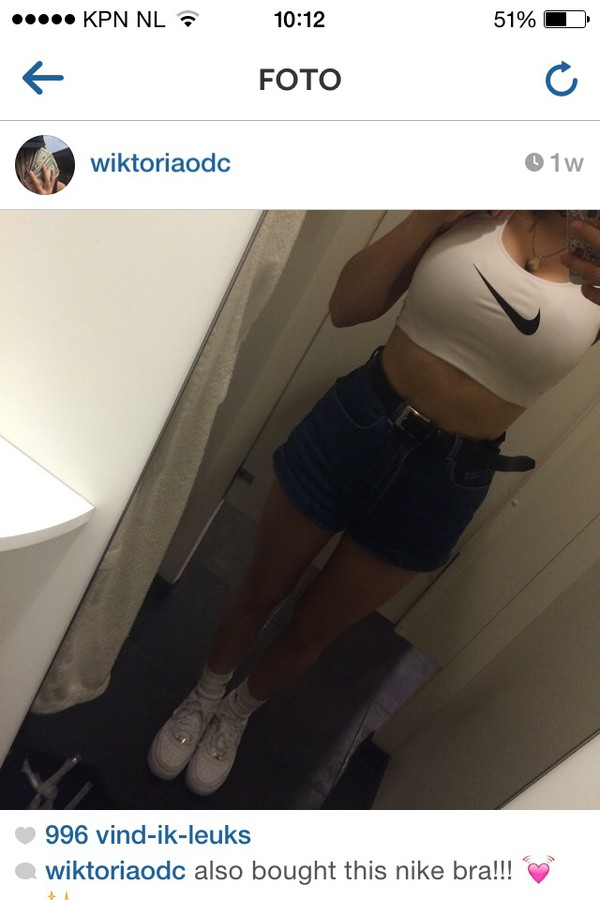 top tank top crop tops white black nike nike shirts