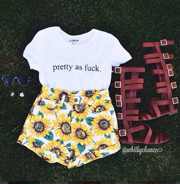 top shorts floral sunnies shoes