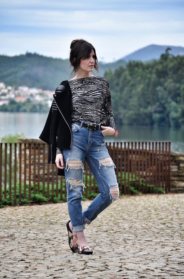 views by laura shoes jeans top jacket belt