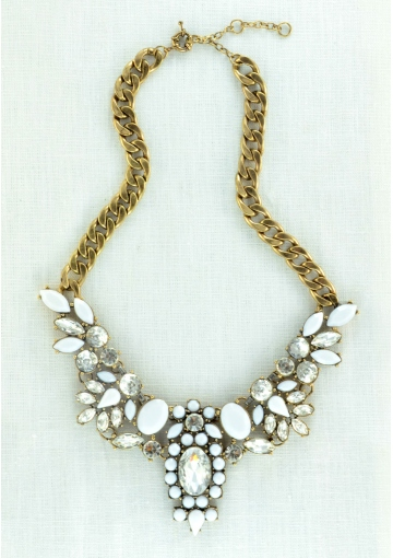 Snow White Statement Necklace - Happiness Boutique