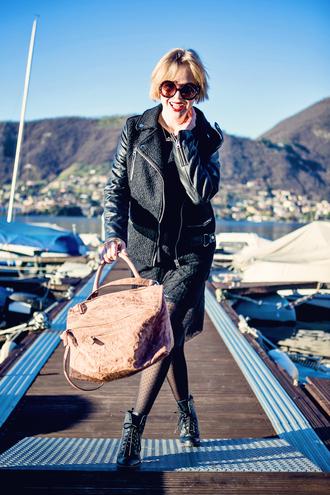 cablook bag skirt t-shirt shoes jewels sunglasses