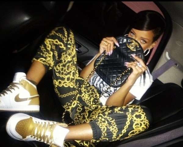 pants shirt shoes sneakers nike bag chanel chanel bag gold gold chain jeans pants jogging chains chanel rihanna