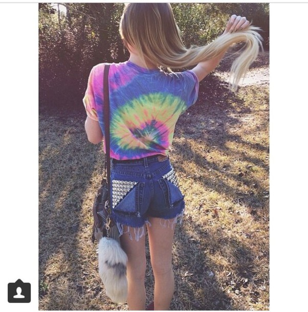 t-shirt shorts top slutfactory style shirt fashion hipster tumblr outfit cute cool blouse