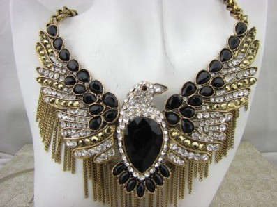 Global free shipping fashion vintage eagle necklace gold tone chunky black beads Eagle Pendant Necklace-in Chain Necklaces from Jewelry on Aliexpress.com