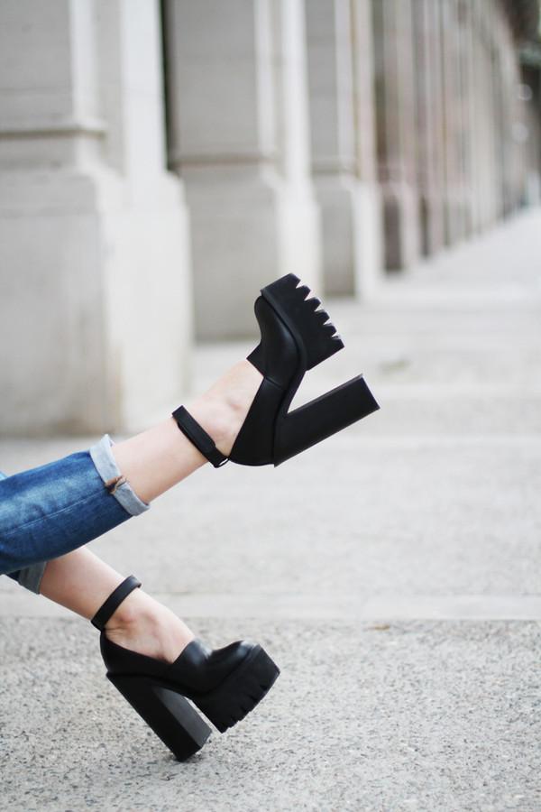 shoes black high heels black windsor smith