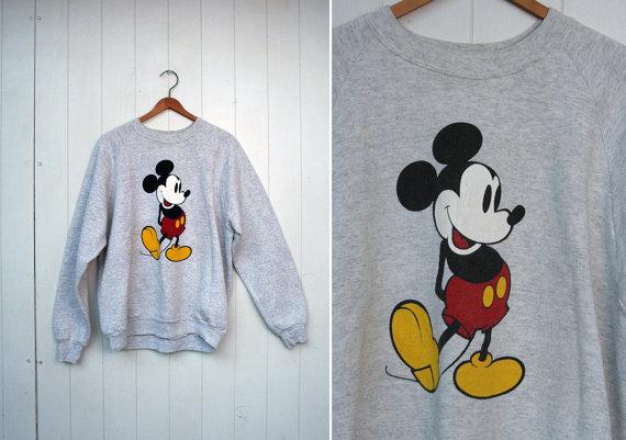 Vintage 90s Mickey Mouse Disney Sweatshirt Sweater par FancyPhantom