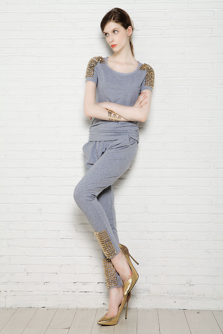 Women's 2013 summer rivet short sleeve T shirt skinny fashion pants set-inHoodies & Sweatshirts from Apparel & Accessories on Aliexpress.com