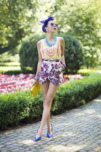 macademian girl blogger top bag shoes sunglasses scarf jewels belt
