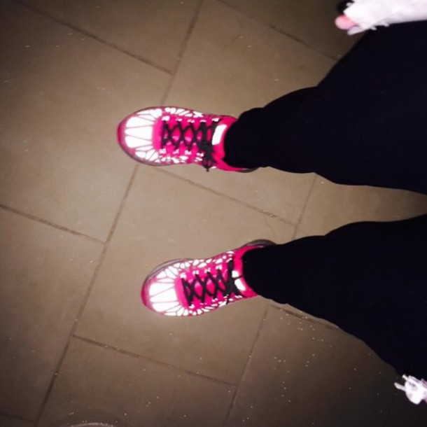 shoes nike glow in the dark glow in the dark girls shoes pink