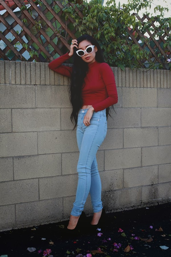 honey and silk jeans t-shirt sunglasses jewels