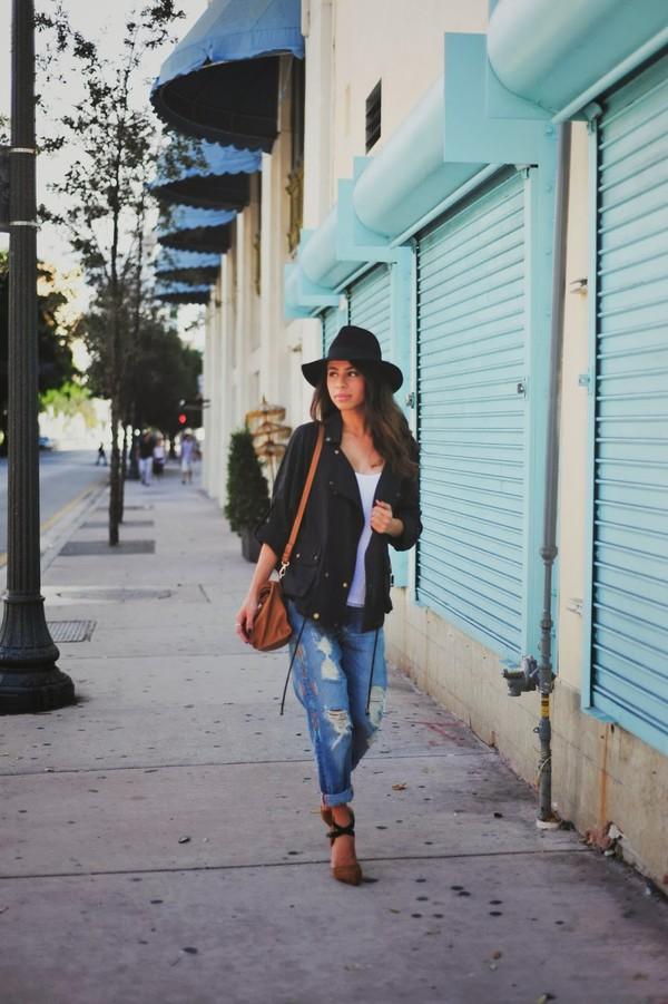 kqns style hat jacket t-shirt jeans shoes bag jewels