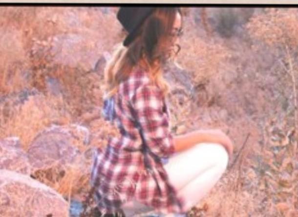 shirt plaid skirt hat white jeans