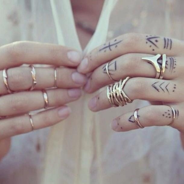 jewels ring metal modern