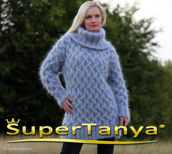 Extra thick hand knitted light gray mohair sweater by supertanya