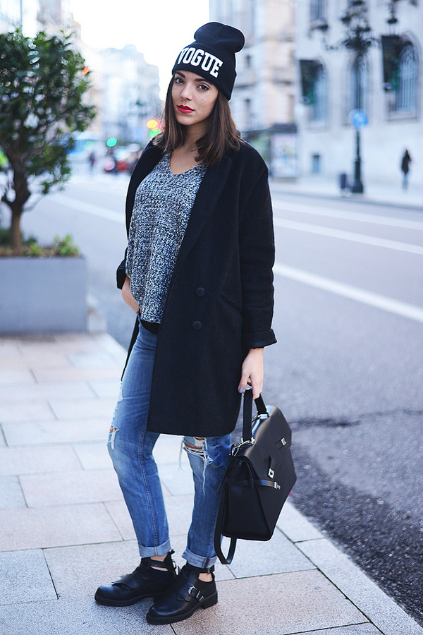 the fashion through my eyes sweater coat hat bag shoes jeans