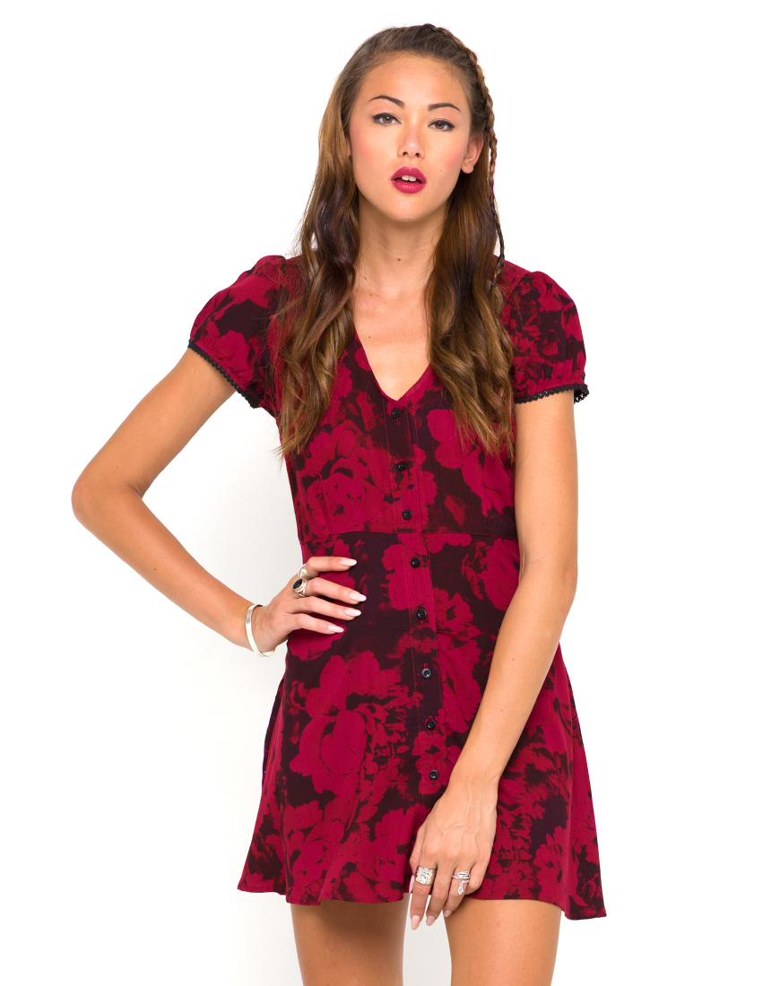 Buy Motel Tahnee Tea Dress in Tonal Floral Maroon at Motel Rocks