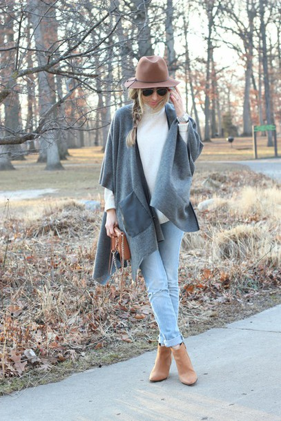 lilly's style blogger winter outfits ankle boots sweater jeans shoes bag sunglasses jewels