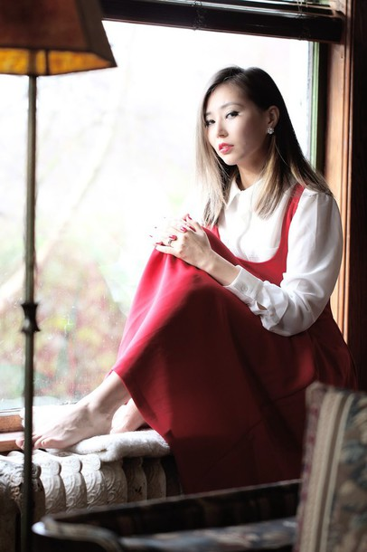 different cands blogger red dress white shirt