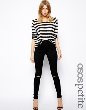ASOS Petite | ASOS PETITE Ridley High Waist Ultra Skinny Jeans in Clean Black with Ripped Knees chez ASOS
