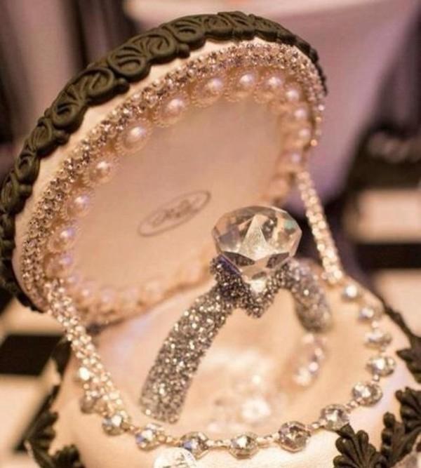 jewels engagement ring ring diamonds diamonds