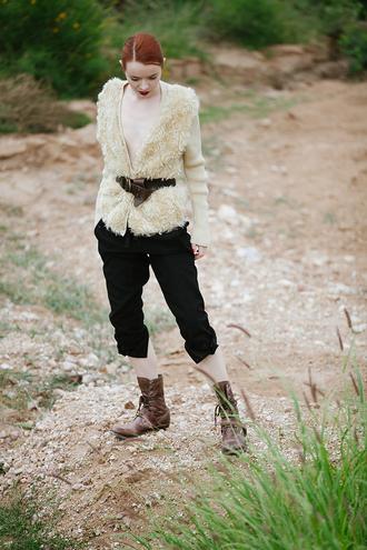 sea of shoes blogger cardigan belt combat boots cropped pants faux fur winter outfits pants shoes