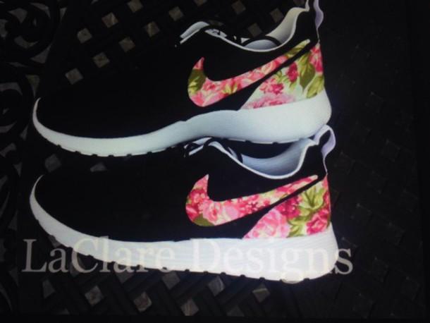 shoes roshe runs http://www.buyrosherunwoven.co.uk/womens-nike-roshe-run-floral-black-shoe-p-624.html